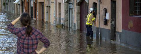 Мощный шторм в Испании: погибли уже 13 человек