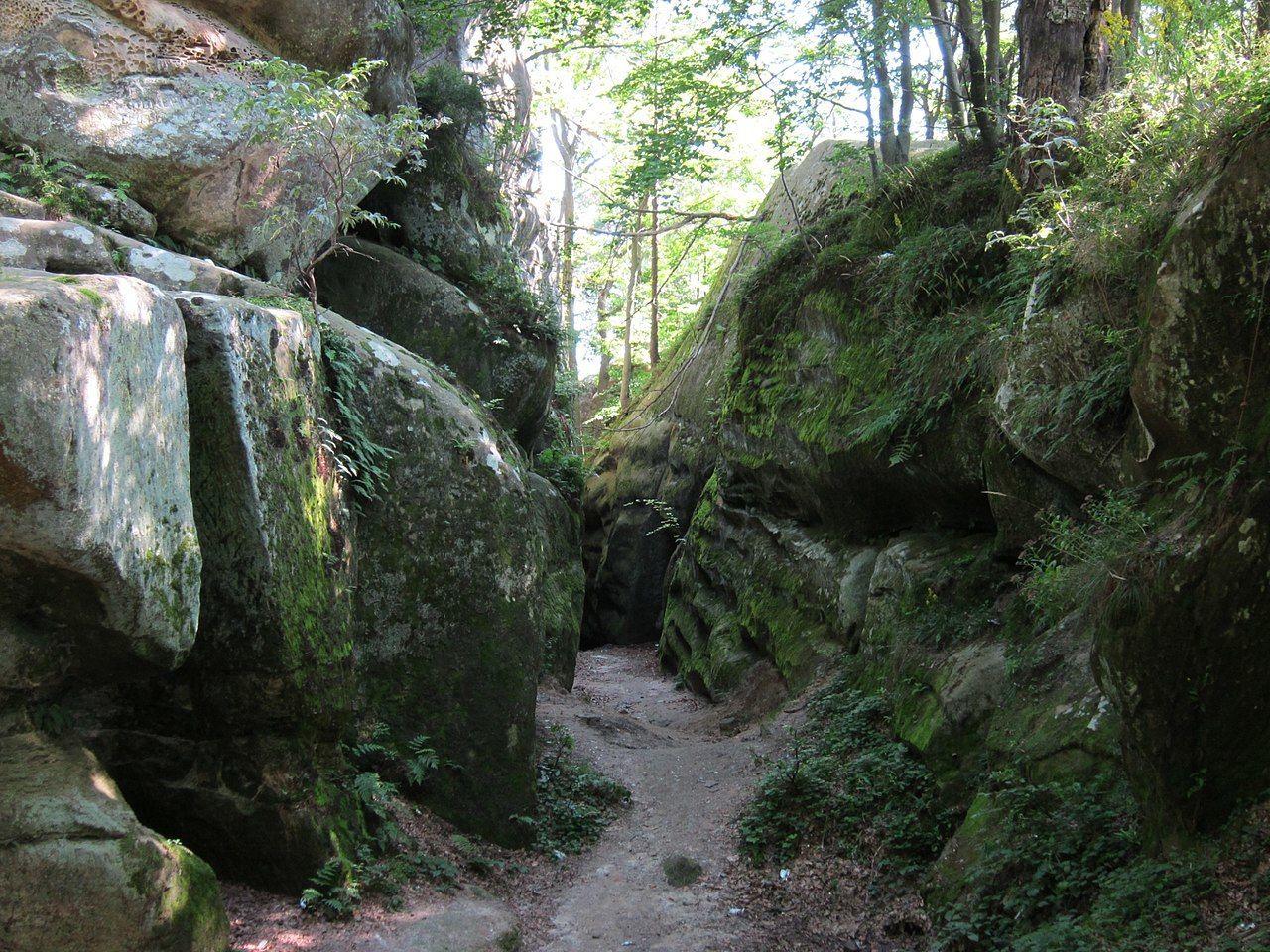 Скелі Довбуша_2