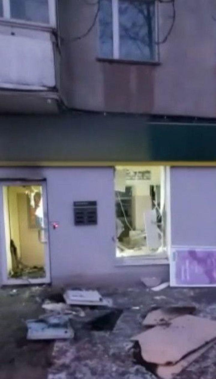 Неизвестные взорвали банкомат в одном из спальных районов Харькова