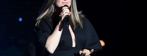 Звезды на благотворительном концерте: Могилевская в элегантном наряде, Тayanna в ярком мини, Матвиенко в платье-вышиванке