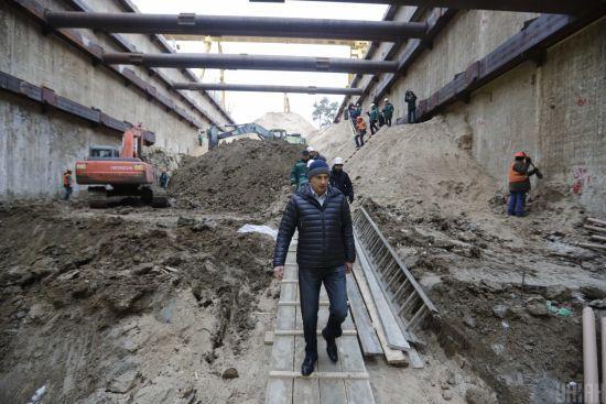 Кличко запевнив, що метро на Виноградар буде збудовано вчасно