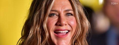 """Дженніфер Еністон влаштувала кумедний пранк для фанатів """"Друзів"""""""