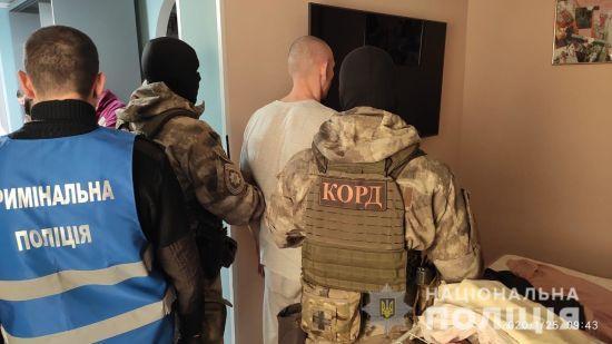 """У Кропивницькому з """"КОРДом"""" і """"Альфою"""" затримали підозрюваних у зухвалому розстрілі адвоката"""