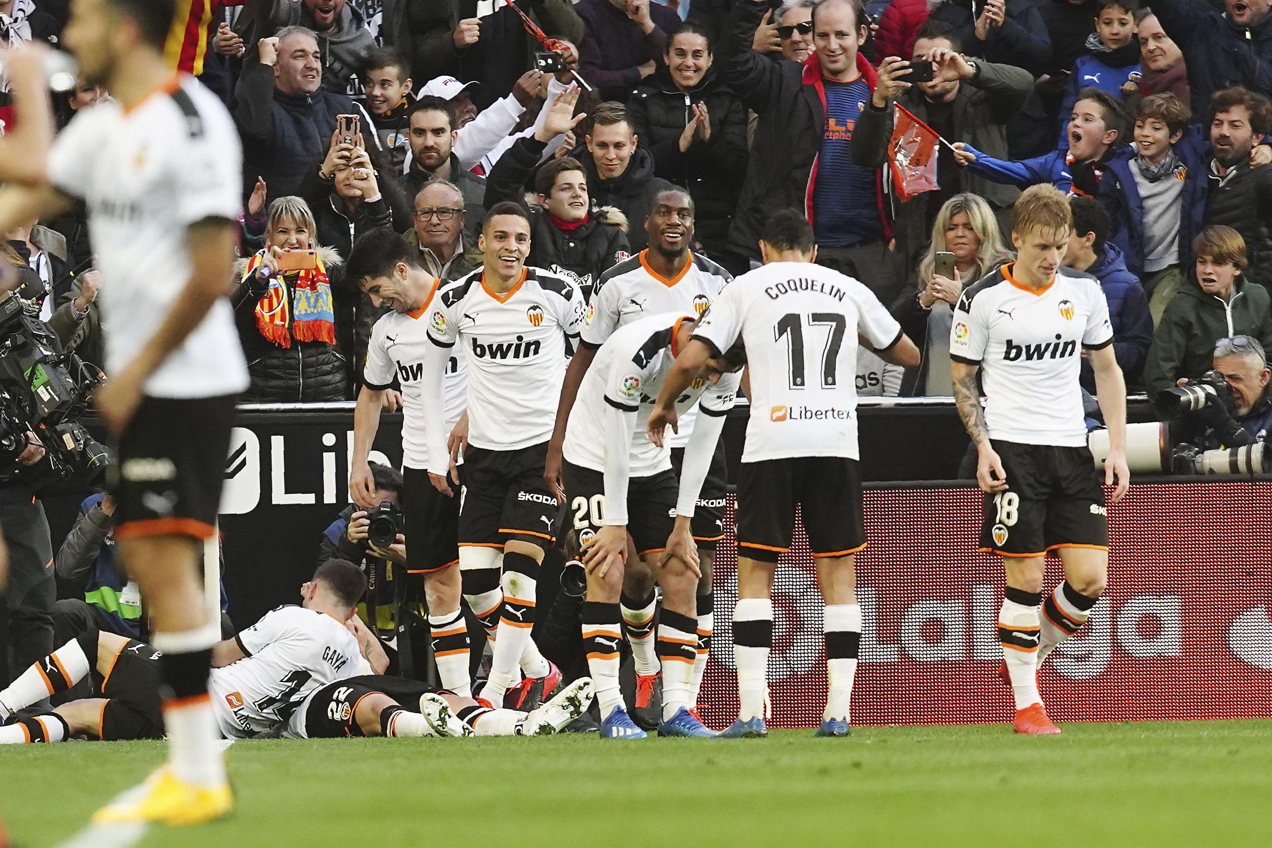 Валенсия - Барселона, 2:0