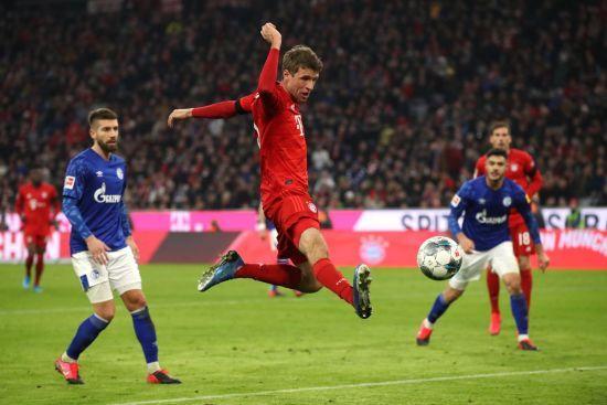 """""""Баварія"""" красиво знищила """"Шальке"""" та впритул наблизилася до лідера Бундесліги"""