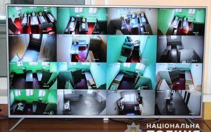 В 11 отделениях полиции устанавливают круглосуточную видеофиксацию