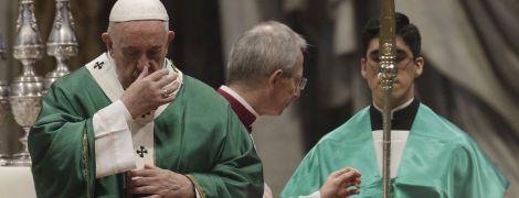 Папа Римский обещает молиться за успешную борьбу с коронавирусом