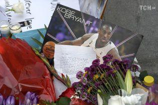 Гибель Коби Брайанта: вместе с баскетболистом в авиакатастрофе погибли еще восемь человек