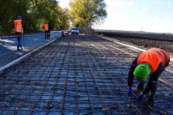 На трасі Київ-Чопрозпочалися масштабні ремонтні роботи