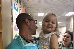 Помогите маленькой Полине победить рак крови