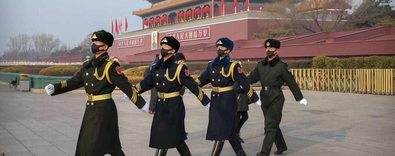 В Ухани хранятся штаммы коронавирусов, но не те: Китай ответил на упреки относительно утечки инфекции