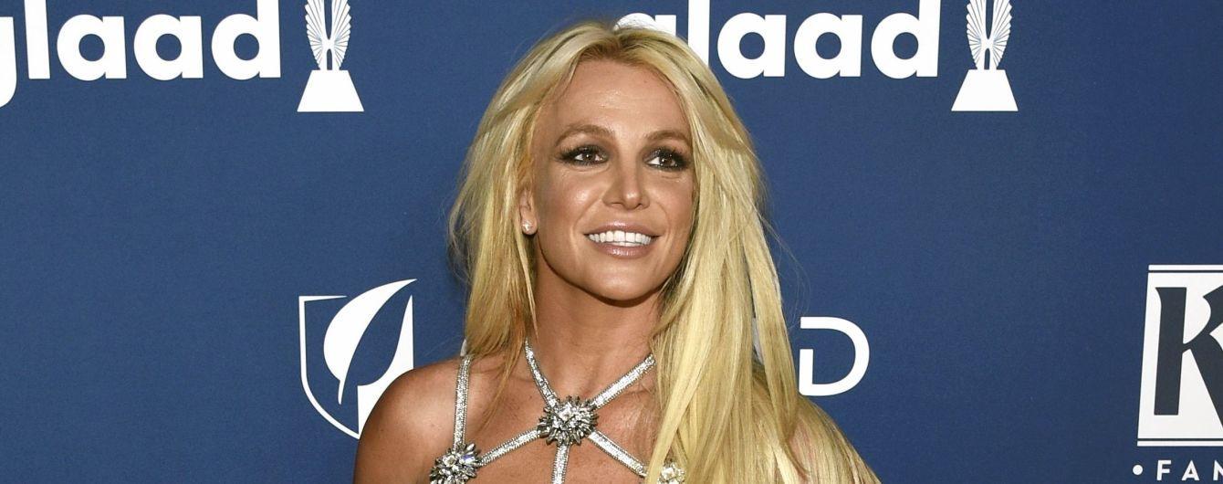 Хит Бритни Спирс признан лучшим дебютным синглом всех времен