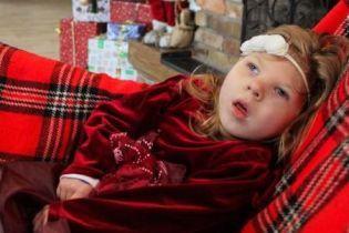 Дорогої реабілітації потребує 2-річна Полінка