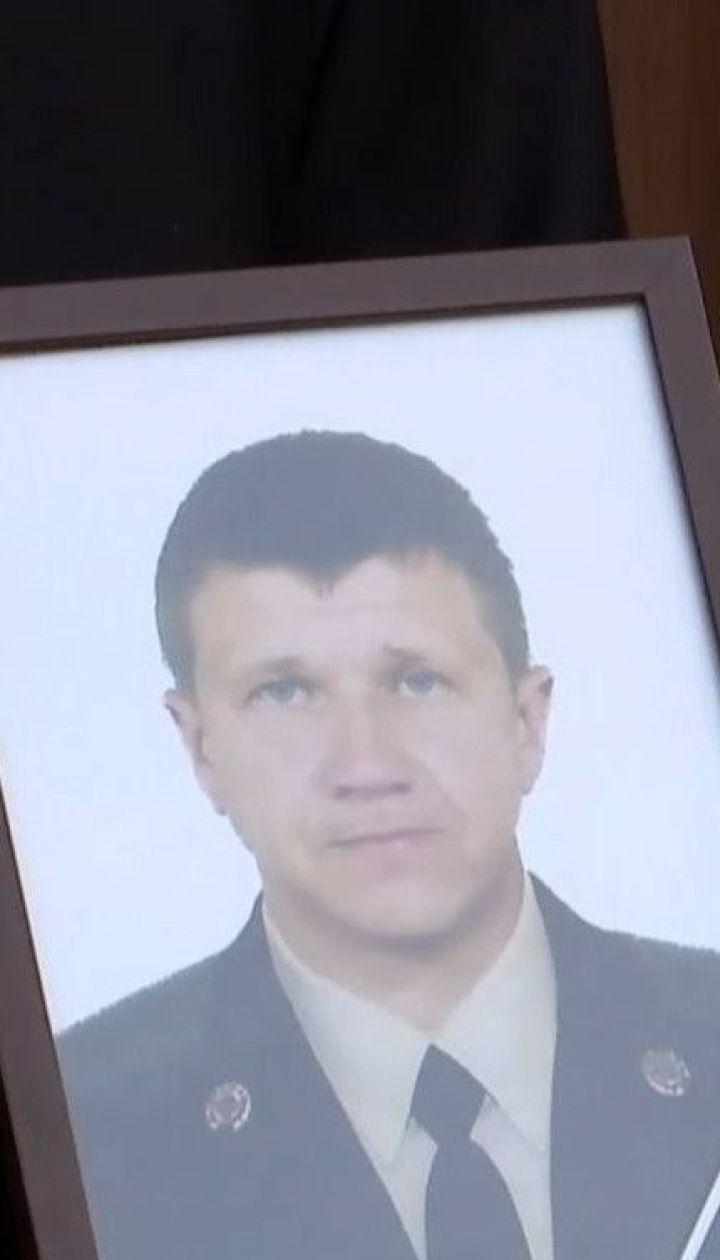 Двом загиблим під час пожежі у одеському коледжі посмертно присвоїли звання Героїв України