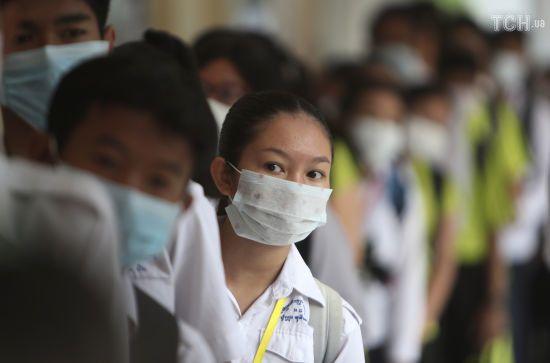 У Китаї заявили, що в лікарнях Ухані не залишилось хворих на коронавірус