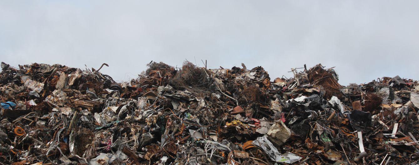 В Украине становится больше мусора: только 6% отходов перерабатывают, 94% — отправляют на свалки