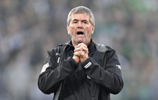 Клуб Бундесліги звільнив головного тренера через місяць після подовження контракту