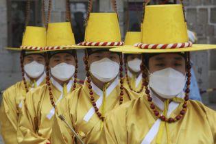 У Китаї новим коронавірусом заразилися ще пів сотні людей, 24 з яких не мають симптомів