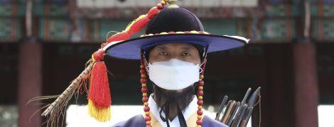 """У Китаї зафіксували різкий стрибок """"активних"""" випадків коронавірусу"""