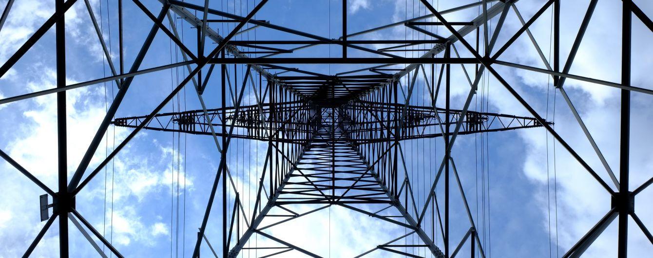 На Волині підлітка смертельно вдарило струмом на електроопорі