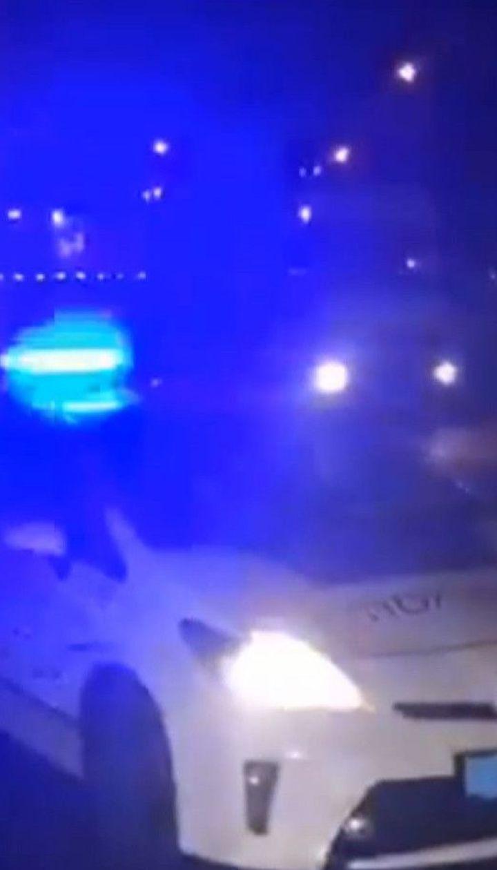 Авто насмерть сбило пешехода в Киеве и скрылось: полиция разыскивает водителя