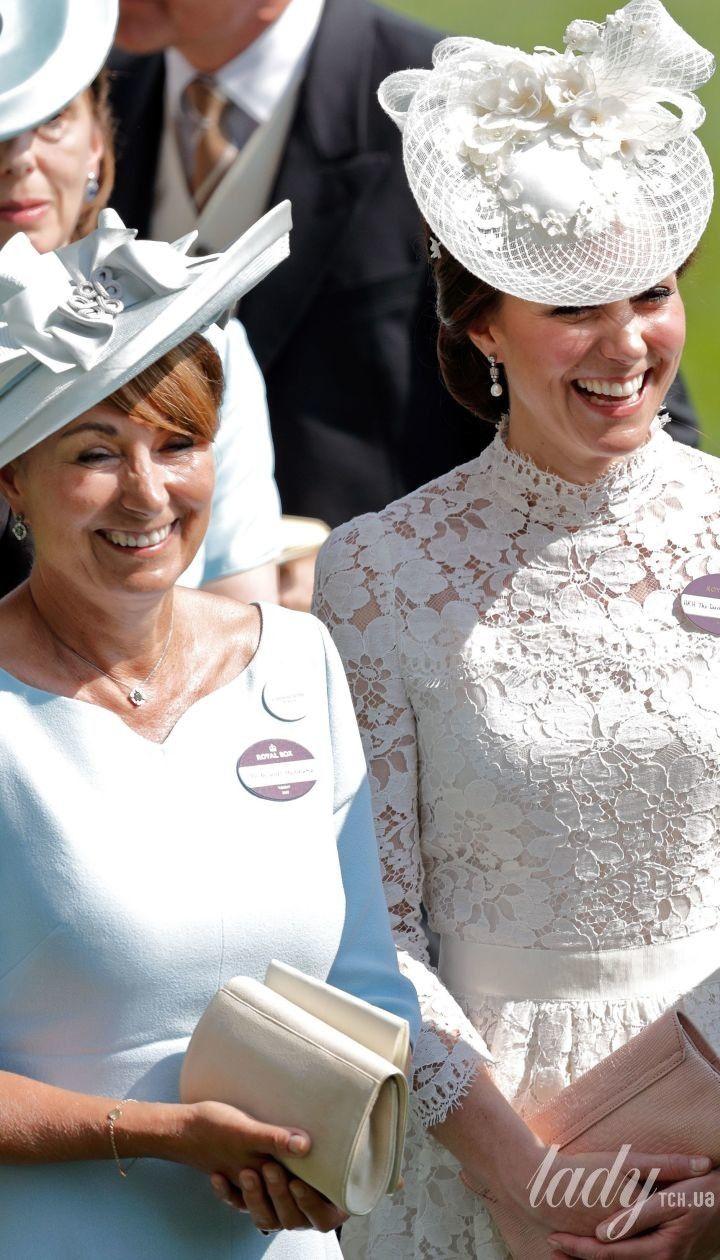 Кэрол Миддлтон и ее дочь Кейт