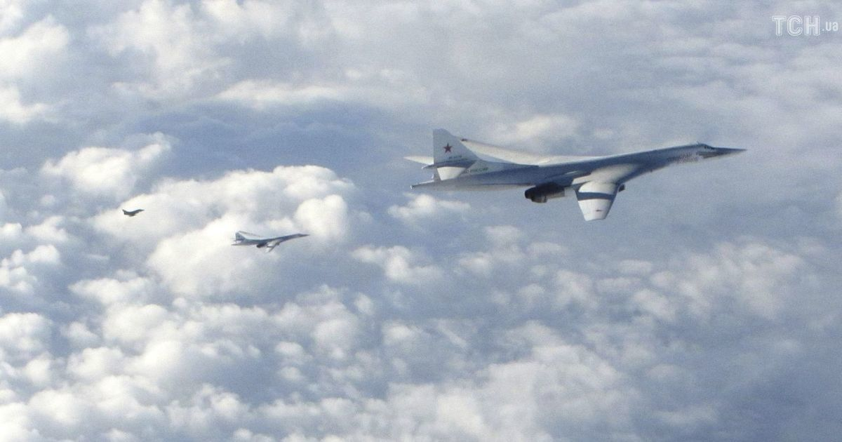 США заметили российские ракетоносцы у побережья Северной Америки. Они летали рядом с Канадой