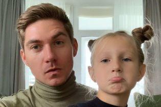 Володимир Остапчук детально розповів, як вони з дружиною повідомили дочці про їхнє розлучення