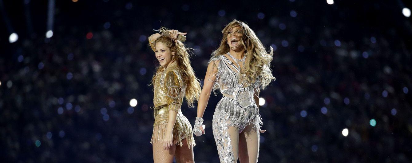 Еротичні танці та відверте вбрання: Дженніфер Лопес та Шакіра виступили у перерві Супербоулу