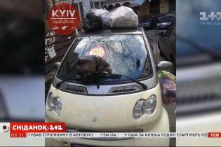 В Киеве все чаще люди прибегают к самосуду в борьбе с горе-парковщиками
