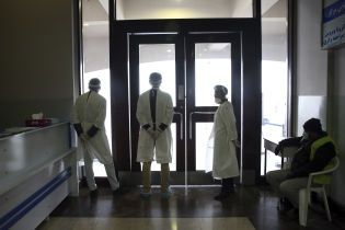 США закликали Китай розширити можливості експертів ВООЗ, які шукають джерело коронавірусу в Ухані