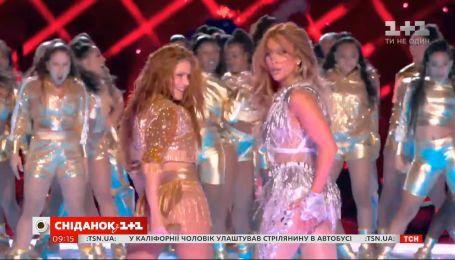 Шакира и Дженнифер Лопес ошеломили публику феерическим выступлением на Super Bowl