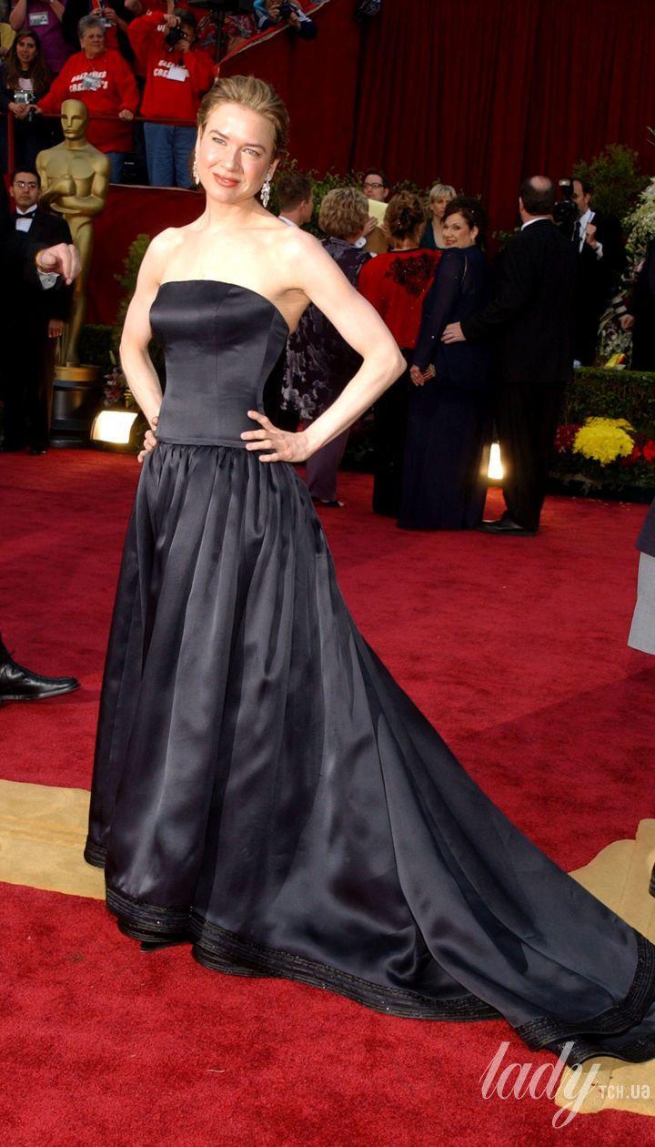 Рене Зеллвегер в платье Carolina Herrera на 74 церемонии