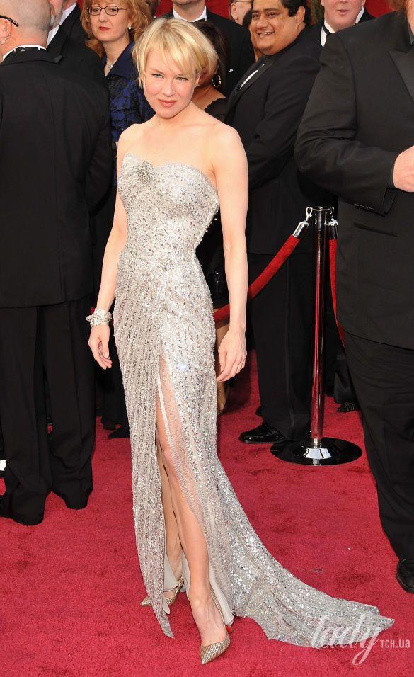 """Рене Зеллвегер в платье Carolina Herrera на 80 церемонии """"Оскара"""", 2008 год"""