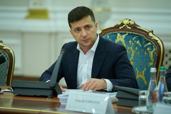 Зеленський назвав термін, протягом якого пенсіонери отримають обіцяну додаткову тисячу гривень