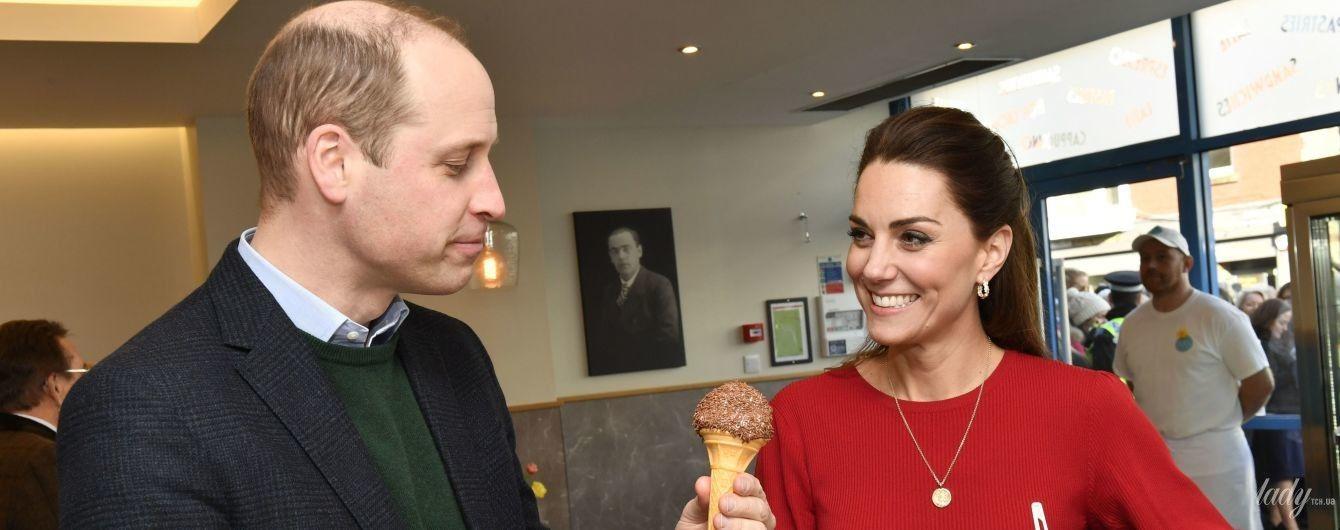 Дозволили собі розслабитися: герцог і герцогиня Кембриджські в Південному Вельсі