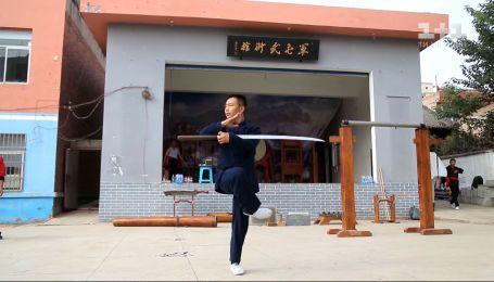 Не відчувати болю: Дмитро Комаров побачив, як навчають небезпечних бойових мистецтв у китайській школі