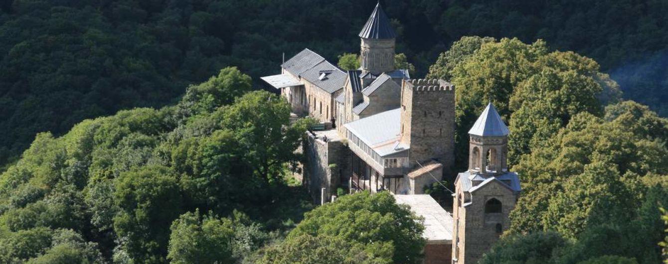 У монастирі в Грузії жорстоко зарізали росіянина