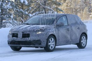 Автошпигуни зняли на тестах нову Dacia Sandero