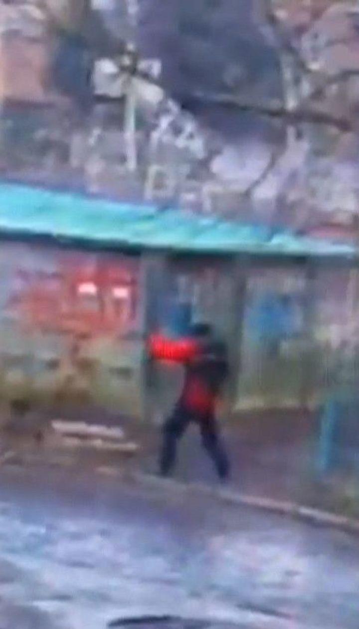 Киллер в Мукачево обстрелял авто помощника экс-депутата Михаила Ланьо