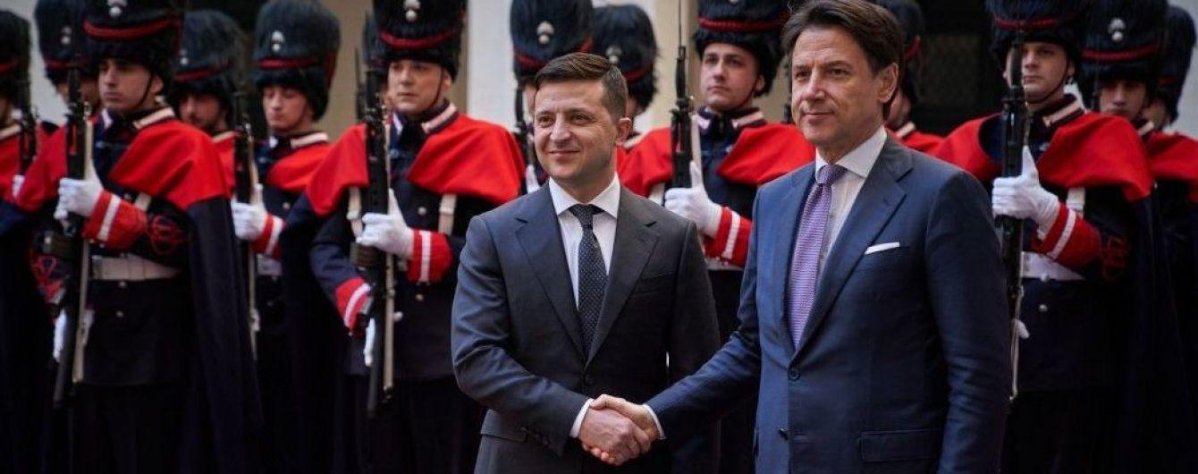 Зеленський на зустрічі з прем'єром Італії закликав інвестувати в українські дороги та мости