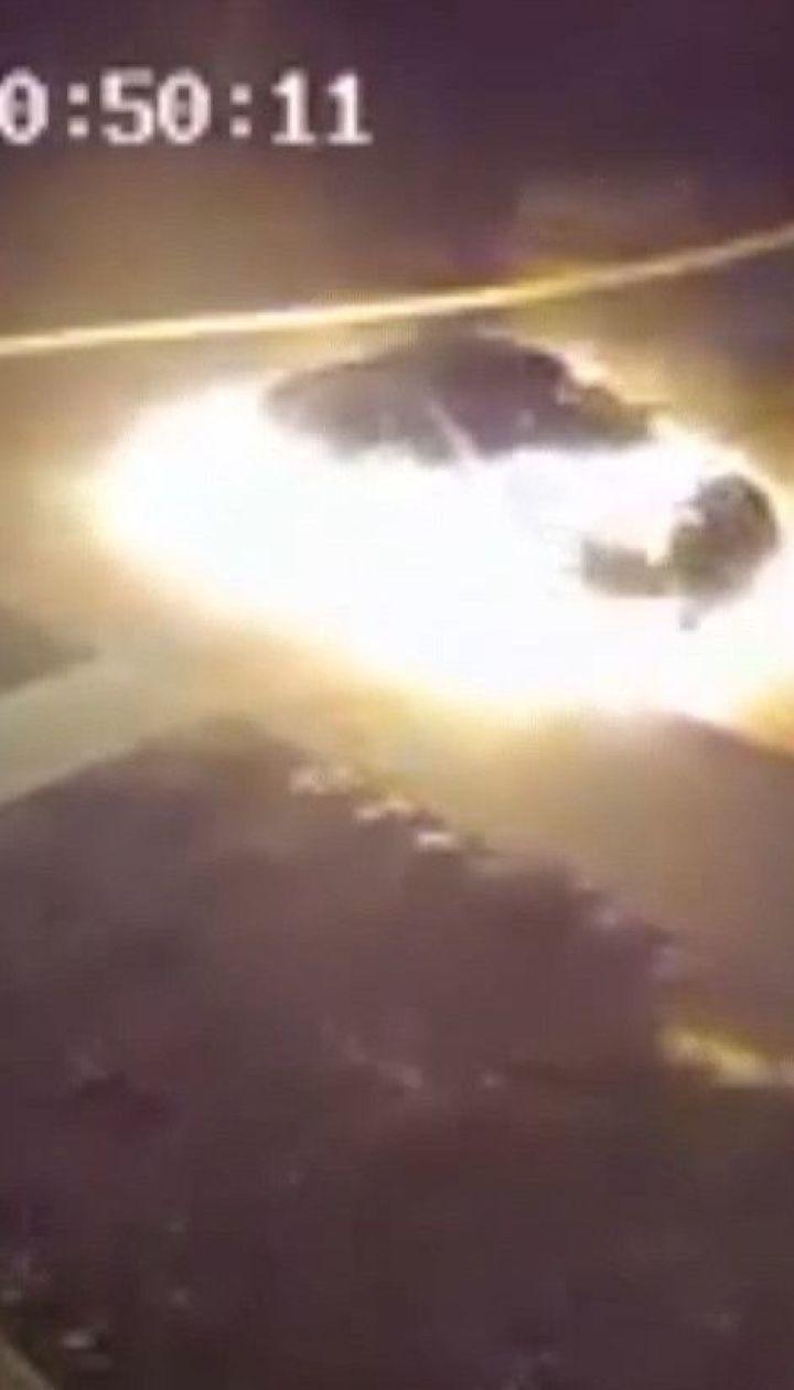 """Мужчина в Сумах сжег авто бывшей жены из-за ее """"чрезмерного финансового аппетита"""""""