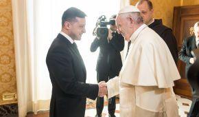 Зеленский призвал Папу Римского помочь с освобождением пленных украинцев