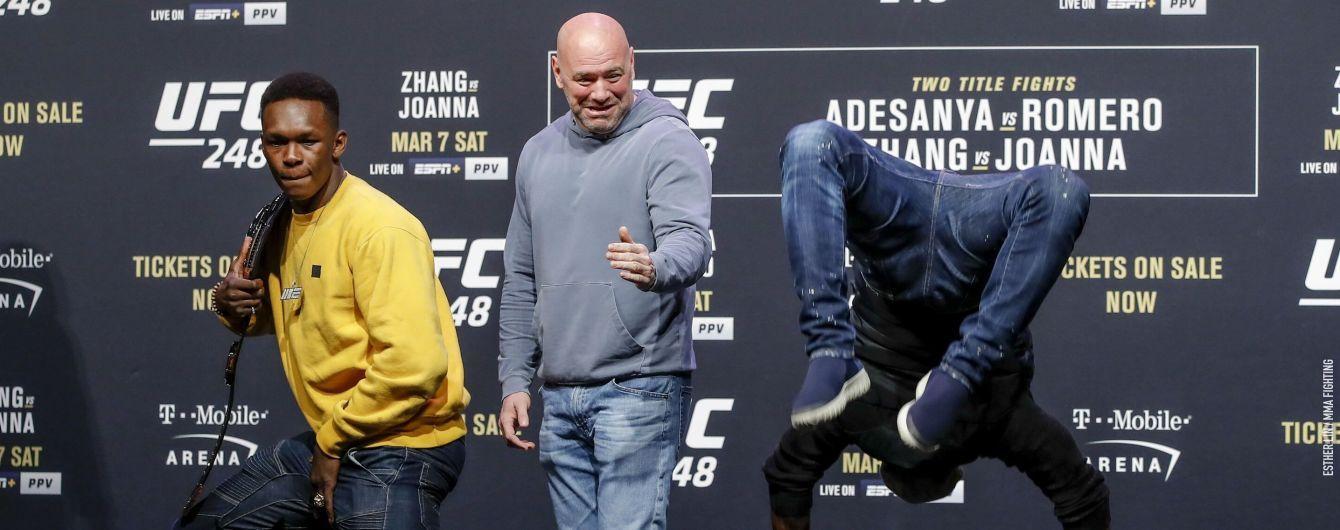 Бойцы UFC устроили зажигательный танцевальный батл на дуэли взглядов