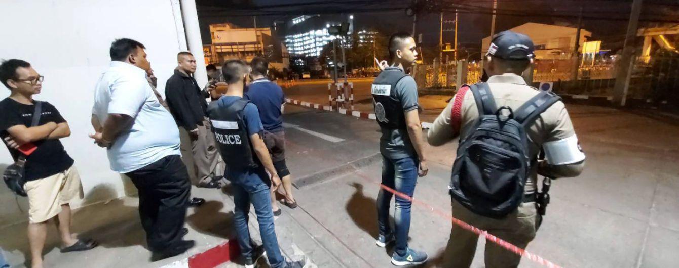 У военного из Таиланда, который расстрелял людей и захватил заложников, с собой было 700 патронов – СМИ