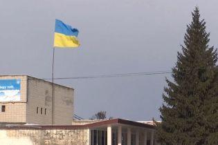 Луганчане из фронтовых зон хотят мира и помощи Украины