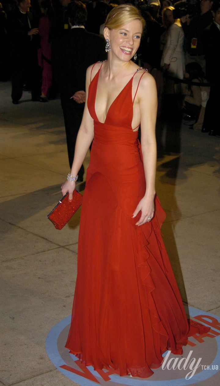Елізабет Бенкс на Vanity Fair Oscar Party 2004 року