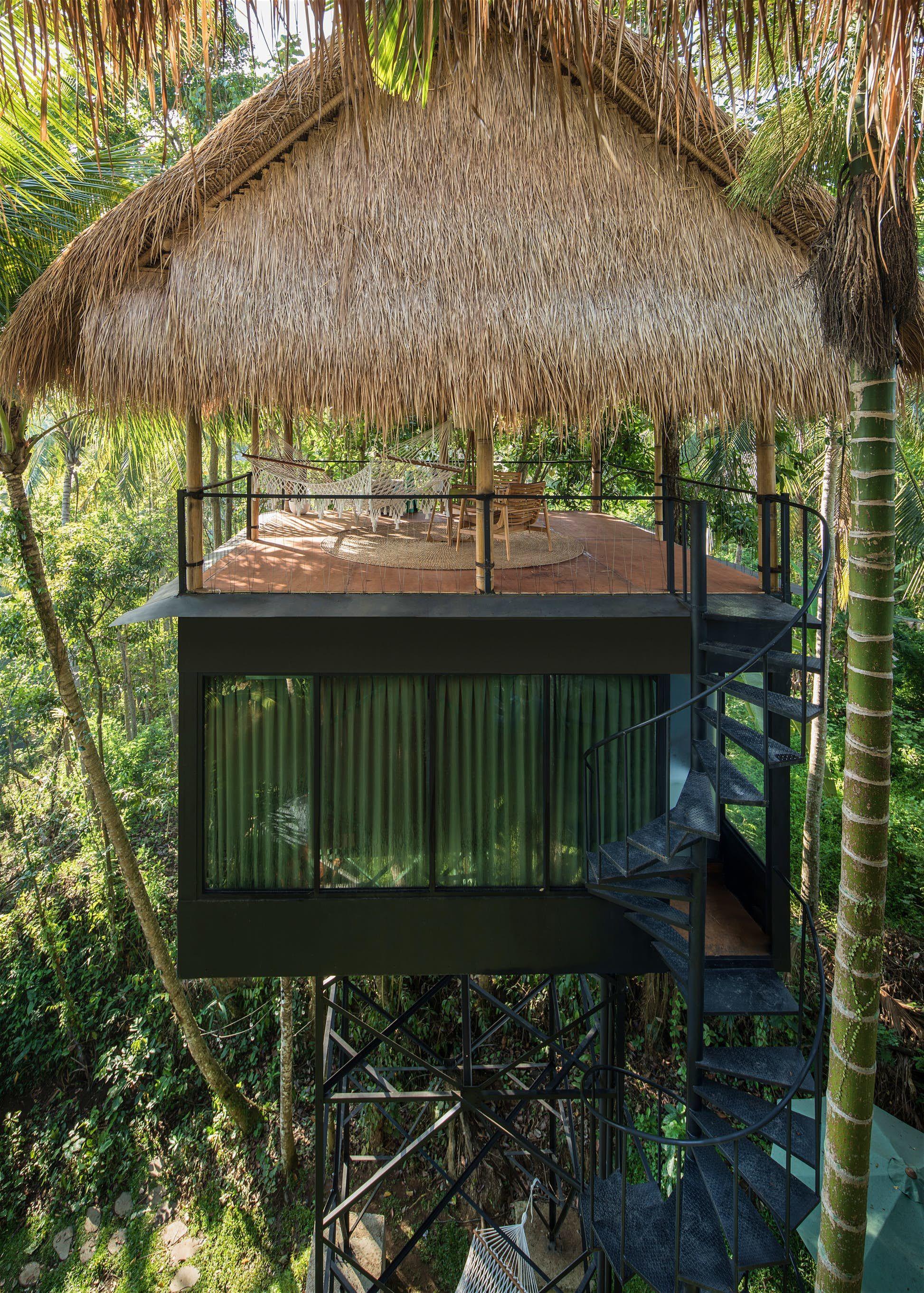Lift Bali