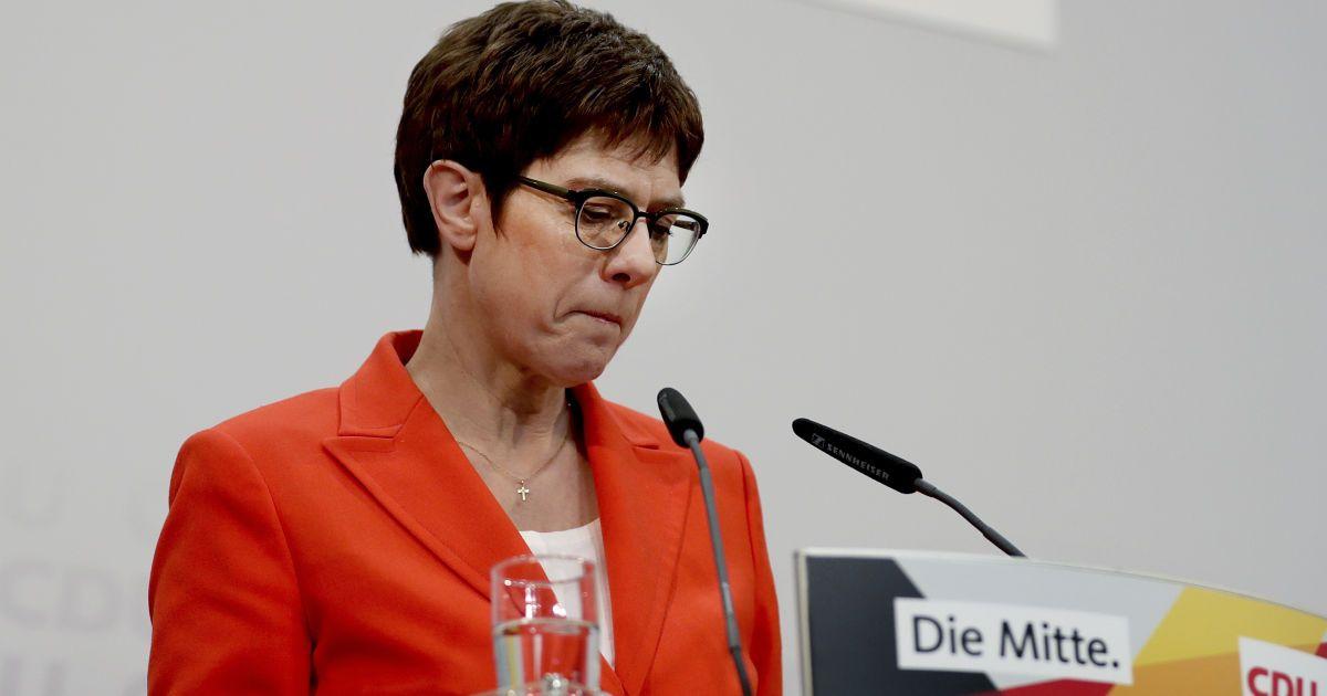 В Минобороны ФРГобъяснили сдержанность Германии и Украины в вопросе обостренияна границе