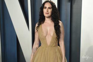 Мама разрешила: Румер Уиллис продемонстрировала самое смелое декольте на  Vanity Fair